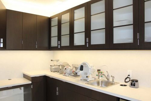 dental lab room min